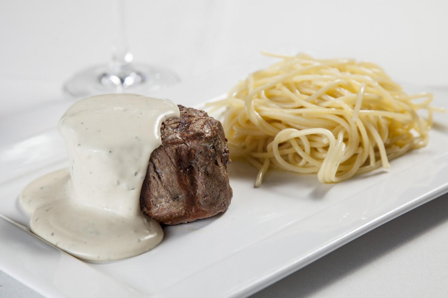 Filetto al Zola con Spaghetti trufado